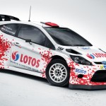 Robert Kubica con una decoración especial en el Rally de Polonia