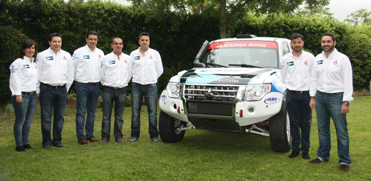 Diego Vallejo, con Mitsubishi y Rubén Gracia al Dakar.