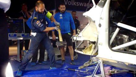 Video, así reconstruyeron el coche de Latvala en el Rally de Argentina