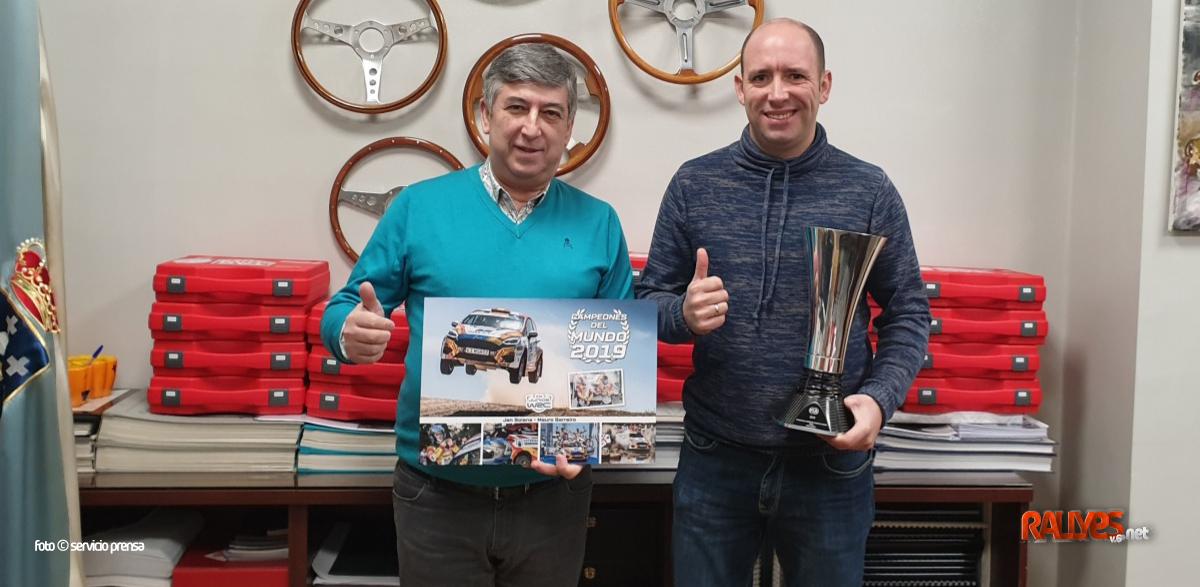Mauro Barreiro visita la FGA… ¿y la Xunta de Galicia, un patrocinador del Ford Fiesta R5?