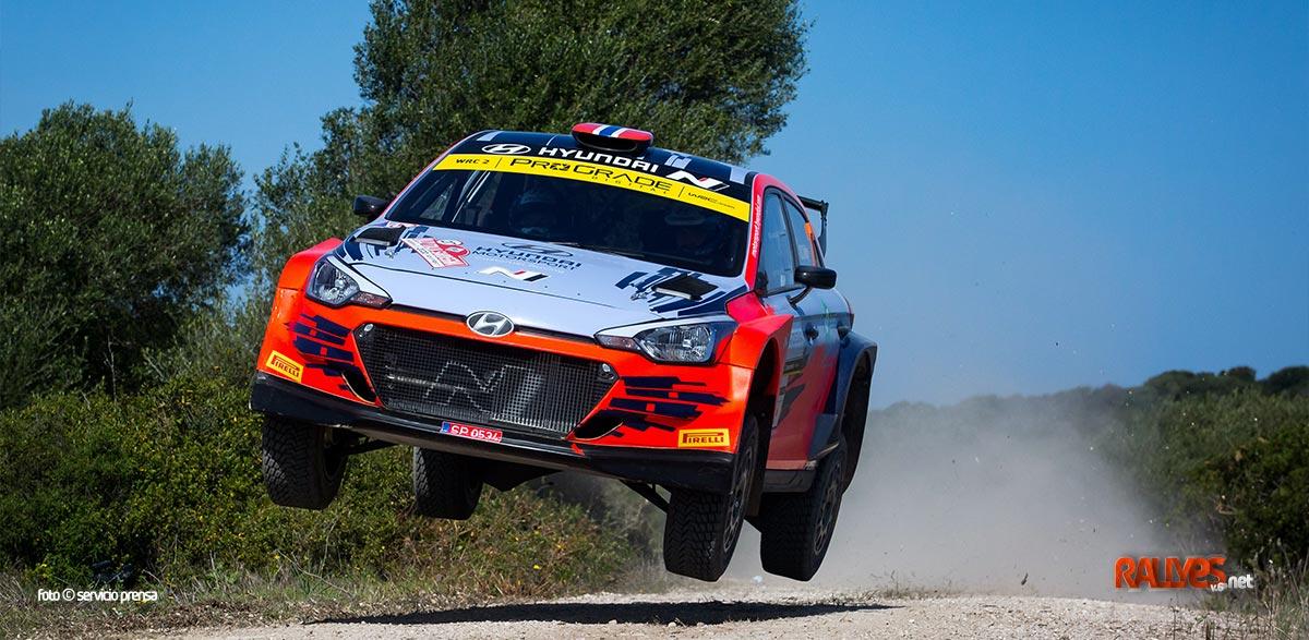 Oliver Solberg con Hyundai en el WRC2