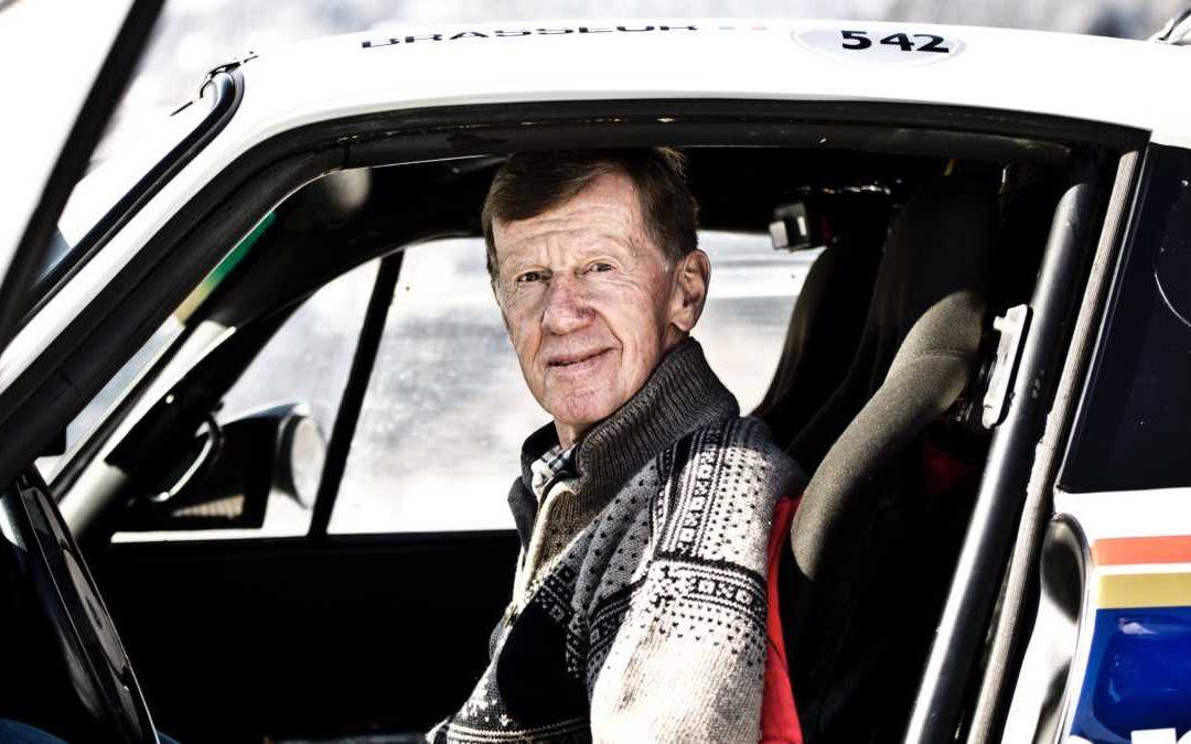 Walter Röhrl al volante del Porsche 953